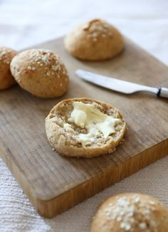 Doughnut, Camembert Cheese, Muffins, Food And Drink, Gluten Free, Treats, Baking, Desserts, Recipes