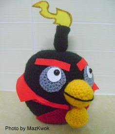Be A Crafter xD: Free amigurumi pattern: Angry bird space version-Black bird ( Aka Fire bomb bird )