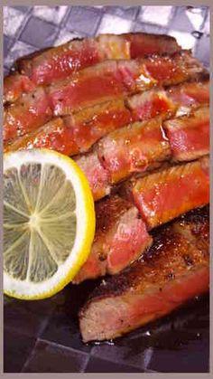 写真 Meat Recipes, Asian Recipes, Gourmet Recipes, Cooking Recipes, Healthy Recipes, How To Cook Beef, Cooking Dishes, Star Food, Japanese Dishes