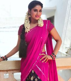 Shivani Narayanan is an Indian Television Actress. She is acting in South Indian Tamil serial industry. Shivani Narayanan debut in Tamil Television serial Beautiful Girl Indian, Most Beautiful Indian Actress, Beautiful Saree, Beautiful Actresses, Beauty Full Girl, Beauty Women, Beauty Girls, Half Saree Designs, Blouse Designs