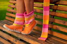 Hey, I found this really awesome Etsy listing at https://www.etsy.com/listing/100516990/crochet-boots-for-the-street-outdoor
