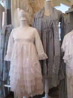 Kinder- en dames kleding van Jeanne d'Arc Living.