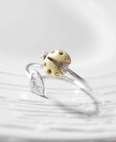 Ladybug leaf ring