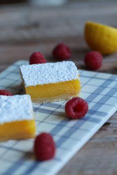 """On dine chez Nanou: Carrés américains au curd de citron , """"lemon squares """""""