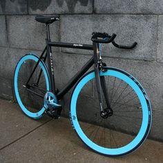 Black/Blue Fixed Gear..I wanna get a bike like this eventually