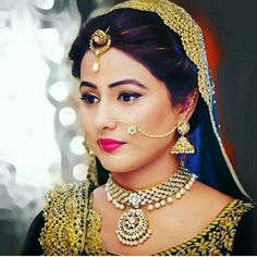 I love u hina Nose Ring Jewelry, Nose Rings, Diamond Jewellery, Indian Nose Ring, Bridal Chura, Indian Bridal Fashion, Indian Designer Outfits, Bridal Looks, Beautiful Bride