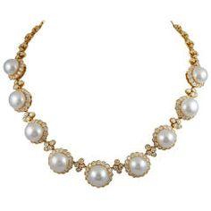 VAN CLEEF & ARPELS South Sea Pearl Diamond Necklace❤️