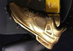 #sneakers #news  Gio Gonzalez Reveals Gold Air Jordan 4 Cleats For Child Cancer Awareness Day