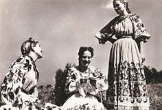 Croatian Traditional Costume Posavska Nosnja #Croatia #Posavina #Traditional Costume Folk Costume, Costumes, Vintage Closet, Traditional Fashion, People Of The World, Old Postcards, Folklore, Pagan, Culture