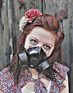 Alexandra Gallagher Illustration Art, Portraits, Pop, Artist, Popular, Pop Music, Head Shots, Artists, Portrait Photography