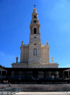 ˚Portugal, Fatima Fatima Portugal, Spain And Portugal, Portuguese Flag, Cathedral Church, Christian Church, Chapelle, Place Of Worship, Temples, Castles