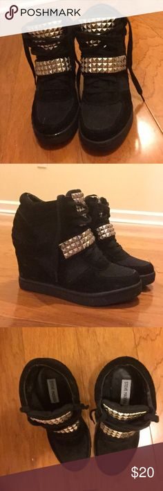 Steve Madden Healed Sneakers Cute and comfortable! Worn just a couple times. Steve Madden Shoes Wedges