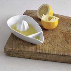 Pretty and practical lemon juicer - great for summertime lemonade!