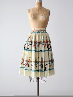Hey, I found this really awesome Etsy listing at https://www.etsy.com/listing/240762132/vintage-50s-novelty-print-circle-skirt