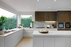 Open plan contrasting kitchen with Caribbean World of Style on display in the Charlton 33 – Home Renovation Kitchen Cabinets Decor, Home Decor Kitchen, Kitchen Interior, New Kitchen, Home Kitchens, Kitchen Ideas, Small Open Plan Kitchens, Open Plan Kitchen Diner, Kitchen Planner