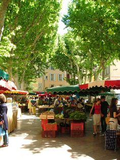 Outdoor market in Provence, France Aix En Provence, Provence France, Provence Style, Southern France, Celebrity Travel, Travel Design, French Riviera, France Travel, Vacation Trips