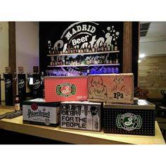 Reponiendo inventario y algunas cervezas nuevas ingresando a la plantilla de BeerShooter malasaña y aun mas por llegar en el transcurso de la semana. Bienvenidos todos!  @brooklynbrewery @brewdogofficial @pilsenurquell @flyingdogbrewery #beershooter #malasaña  #malasañamola  #condeduque  #condeduquegente  #madrid #madridmola #madridmemola #cervezaArtesana #craftbeermadrid #cervezaartesanamadrid #rinconesdemalasaña #ganasdemalasaña #madridtime  #callelapalma #beermadrid  #beerporn #birra #…