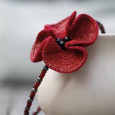 Beaded Crochet Poppy Choker by Marianne Seiman - design inspiration. Crochet Poppy, Crochet Leaves, Crochet Motifs, Love Crochet, Bead Crochet, Crochet Flowers, Crochet Patterns, Crochet Hats, Crochet Brooch