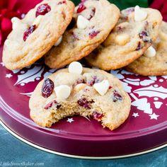 White Choc Chip Cookies, White Chocolate Cranberry Cookies, White Chocolate Chips, Cookie Desserts, Healthy Desserts, Delicious Desserts, Baking Desserts, Orange Zest, Dried Cranberries