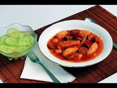 Paprikás krumpli videó recept (Paprika Potatoes) I found this video of one of my favorite dishes! Healthy Recipes, Dishes, Meat, My Favorite Things, Youtube, Food, Hungarian Cuisine, Tablewares, Essen