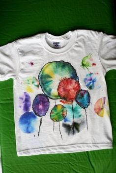 sharpietiedye sharpie tye dye t shirt Marker Crafts, Sharpie Crafts, Sharpie Art, Sharpies, Paint Shirts, Bleach T Shirts, Tie Dye Shirts, Tee Shirts, Sharpie Alcohol