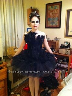 amazing homemade Black Swan costume. this chick nailed it