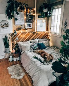 Mind Blowing Tricks: Natural Home Decor Ideas Sun Room natural home decor rustic grey.Natural Home Decor Living Room Sofas natural home decor ideas reading nooks.Natural Home Decor Living Room Sofas. Bedroom Inspo, Home Decor Bedroom, Bedroom Themes, Warm Bedroom, Design Bedroom, Bedroom Plants, Master Bedrooms, Rustic Teen Bedroom, Bedroom Ideas For Couples Rustic