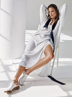 Victoria's Secret Angel Alessandra Ambrosio models spring stripes in classic colors and multiple widths, styled by Jillian Davison. Alique makes the fashion capture for Glamour US January Hair by Roland Beauchamp; Fashion Poses, Fashion Shoot, Look Fashion, Editorial Fashion, Trendy Fashion, Fashion Editorials, Fashion Ideas, Fashion Spring, Fashion Styles