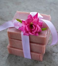 How to make old-fashioned rose soap using real rose petals and all natural ingredients.