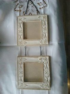 Vintage twin Wooden Picture Frames with chains...make a bigger version and put my classroom rules in them...