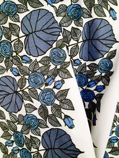 Fantastic, rare 50s vintage mod century modern curtains made in Sweden, with stylized roses.