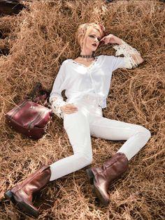 Editorial de moda com a top Fernanda Olive para a 2ª edição da Revista Estilo Chic.