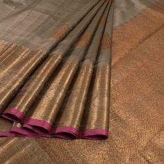 Handwoven Grey Banarasi Kadhwa Tussar Silk Saree With Floral Butis Silk Saree Kanchipuram, Kanjivaram Sarees, Sabyasachi Sarees, Lehenga, Indian Silk Sarees, Indian Textiles, Elegant Saree, Indian Attire, Indian Wear