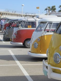 Amazing Split Buses!!😍Preparado para venirte con nosotros?🤔 Increíble foto 📸  #amazing #split #bus #combi #rentme #alquiler #concentracion #evento