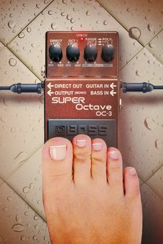 OC-3 Super Octave Boss Effects, Boss Pedals, Free Iphone Wallpaper, Guitar Pedals, Oc, Boxes, Funny, Wall Papers, Guitars