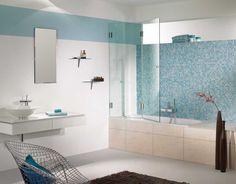 Sklenená sprcha so špičkovými kovaniami FARFALLA. Kovania umožňujú skladanie sklenených panelov ako harmonika. Ideálnym riešením do malých kúpelní. Aplikácie pre výklenkové, rohové, kruhové, 5 uholníkové, U sprchy alebo vaneƒ.