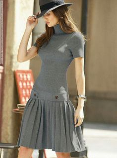 I loved this dress for over 2 years … does not that mean that it is … - Sommer Kleider Ideen Cute Dresses, Casual Dresses, Short Dresses, Fashion Dresses, Dresses For Work, Grey Dresses, Mode Outfits, Skirt Outfits, Pleated Skirt Outfit Short