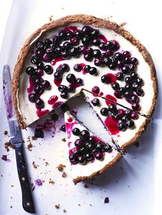 Blueberry cheesecake w/speculoos crust