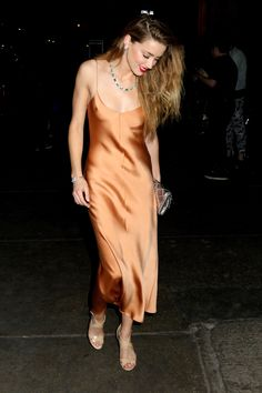 Amber Heard. Killing. It. in a silky slip midi-dress. Date-night goals much?