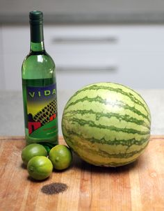 How to make a delicious watermelon cocktail. http://blog.swell.com/Watermelon-Cocktail-Recipe