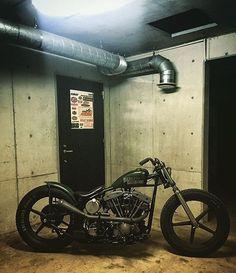 bike &girls- easy life : Photo
