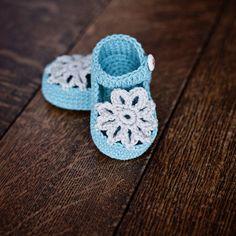 Descarga instantánea Crochet Patrón patucos por monpetitviolon
