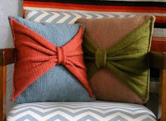bow pillow idea