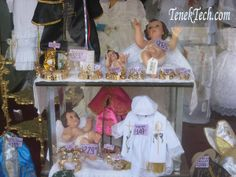 """Mexican Christmas Traditions: Candelaria - Candlemas Celebration and """"Levantada del Niño Dios"""" Mexican Christmas Traditions, Nelson Mandela, Spiritual Life, Celebrations, Holidays, Culture, Holidays Events, Holiday, Vacation"""