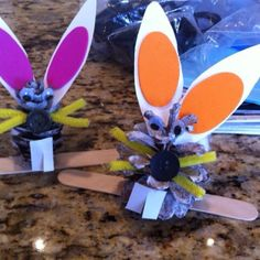 Pinecone Easter bunny craft
