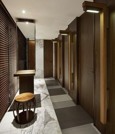 Lobby, bedroom, stairways and entryways, a room by room guide to finding inspiration with the best interior architecture from world renowned hotels. Commercial Design, Commercial Interiors, Bathroom Toilets, Washroom, Toilette Design, Hotel Corridor, Hotel Lobby Design, Restroom Design, Public Bathrooms