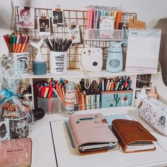 study room decor How To Make A Bullet Journal (part. Study Room Decor, Room Ideas Bedroom, Study Rooms, Study Areas, Study Space, Cozy Bedroom, Bedroom Decor, Cute Room Decor, Decorating Rooms