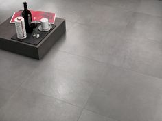 Minoli Tiles - Evolution Evolve - With a mild movement on the surface, Evolution Evolve Concrete by Minoli is an amazing reproduction in a porcelain tile of a concrete surfaces. Floor tiles: Evolution Evolve Concrete Matt 60 x 60 cm - https://www.minoli.co.uk/tiles/evolve-concrete/ - #Minoli #minolitiles #porcelain #porcelaintile #tile #tiles #porcelaintiles #concrete #effect #concreteeffect #look #concretelook #evolution #evolve #grey #matt