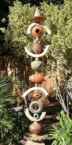 GARDEN TOTEMS - Barbara Hoffman - Occidental Pottery and Wood
