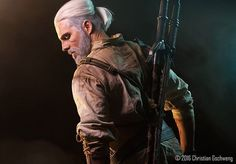 """I am happy to announce that I will be at Kaizoku Con in Cork, Ireland next weekend! I really really want to shoot a short """"typical Irish"""" Geralt video over there. If you have any ideas - shoot! ;) Cant wait to meet you, Ireland!   Pic by @specshoschi  #witcher #witchercosplay #geralt #geraltcosplay #geraltofrivia #cosplay #cosplayer #yennefer #triss #ciri #ireland #cork #kaizokucon #video #irishpub #fotoshoot #fotoshooting #photoshooting #cdprojectred #ps4 #xboxone #badass"""
